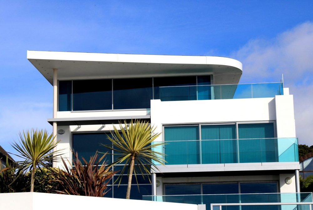 apartment-architectural-design-architecture-blue-sky-323775